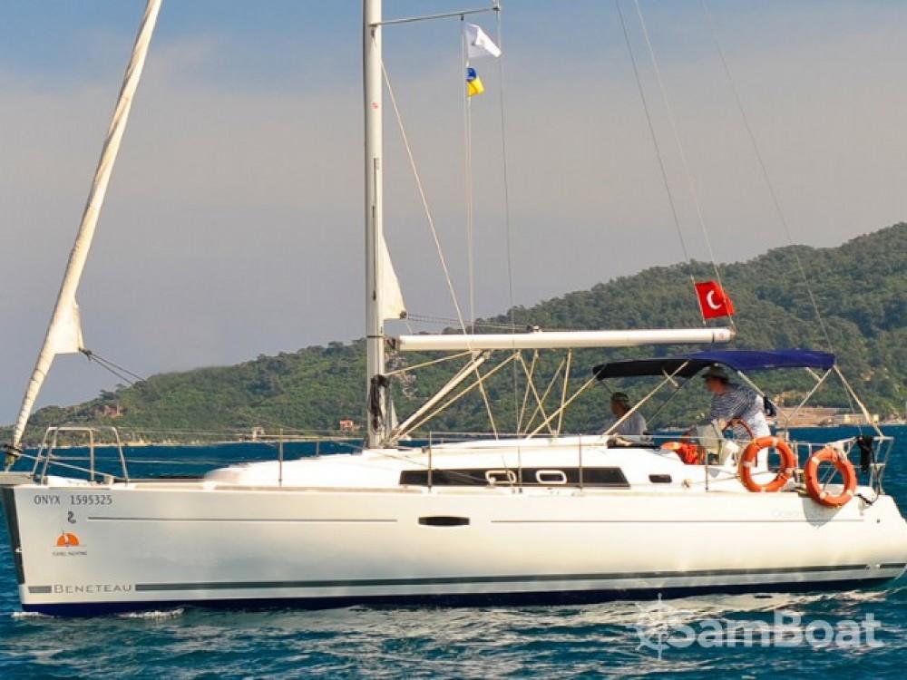 Bénéteau Oceanis 34 zwischen Privatpersonen und professionellem Anbieter Marmaris