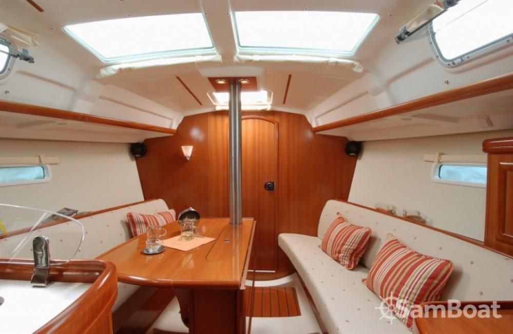 Segelboot mit oder ohne Skipper Bénéteau mieten in Trau