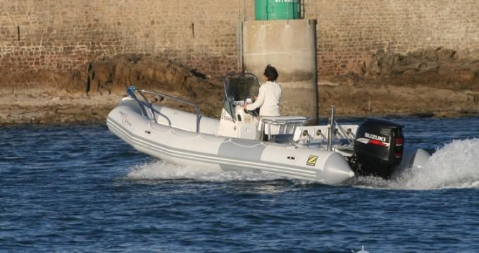 Schlauchboot mit oder ohne Skipper Zodiac mieten in Port-Louis