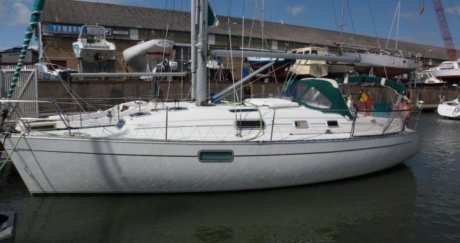 Bootsverleih Le Verdon-sur-Mer günstig Oceanis 321
