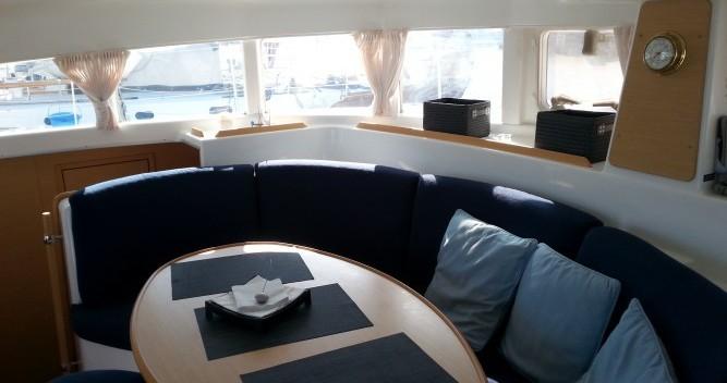 Yacht-Charter in Le Verdon-sur-Mer - Lagoon Lagoon 380 S2 auf SamBoat