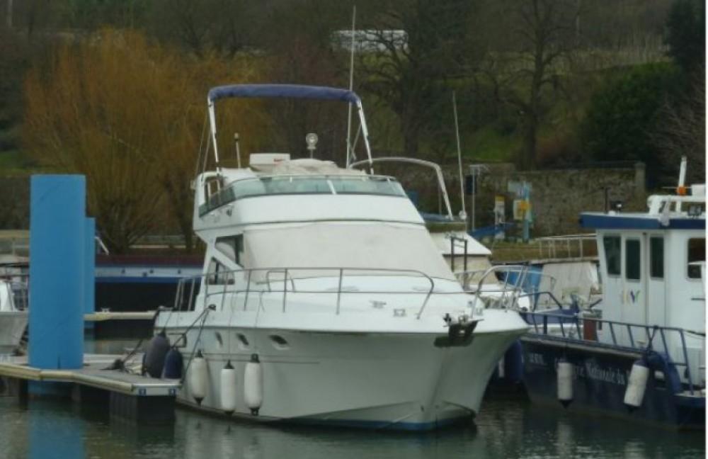 Arcoa 1107 Yacht flybrige zwischen Privatpersonen und professionellem Anbieter Les Roches-de-Condrieu