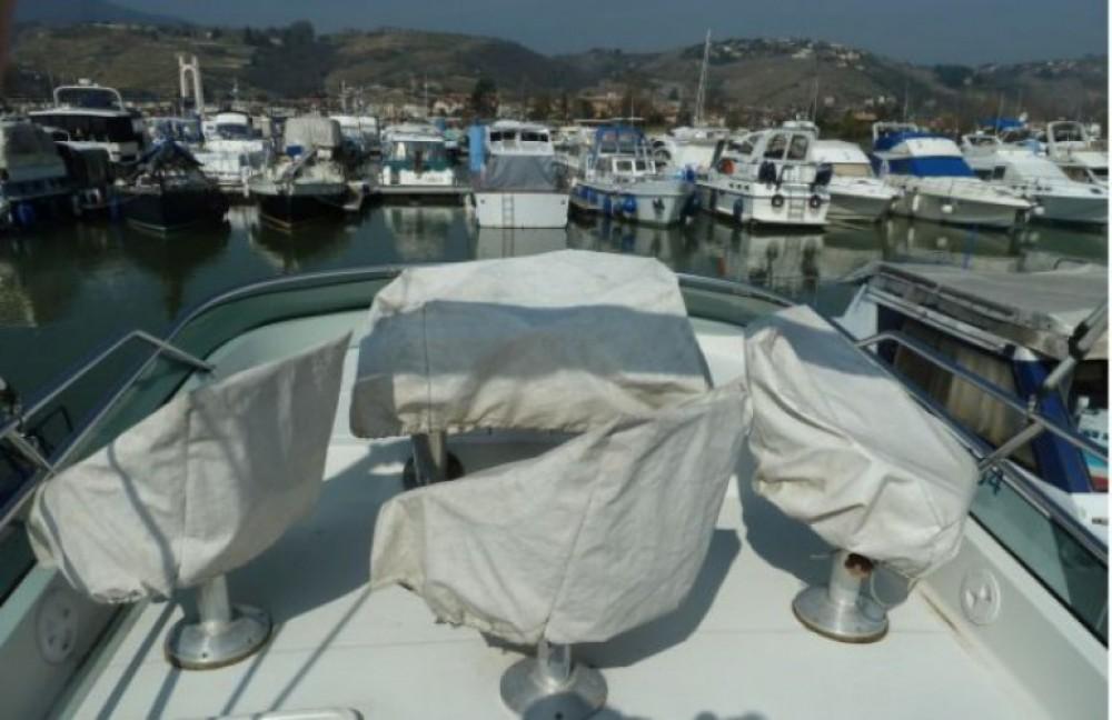 Motorboot mieten in Les Roches-de-Condrieu - Arcoa 1107 Yacht flybrige