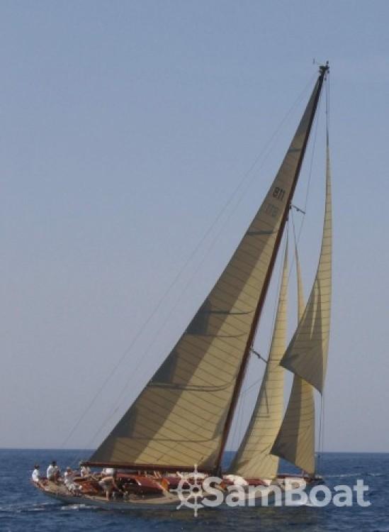 Segelboot mit oder ohne Skipper Wiliam-Fife mieten in Barcelona