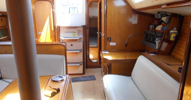 Bootsverleih Bénéteau Oceanis 390 Athen Samboat