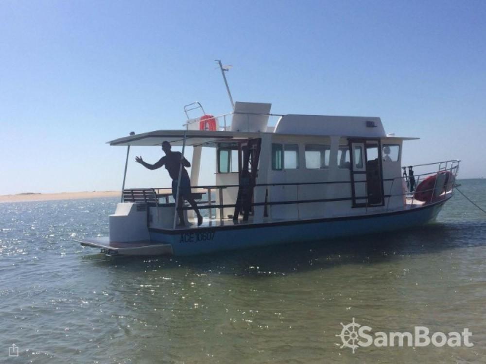 Vermietung Motorboot Nomad mit Führerschein