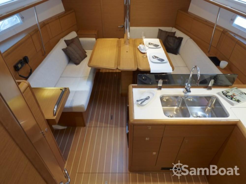 Bootsverleih Jeanneau Sun Odyssey 379 Ajaccio Samboat