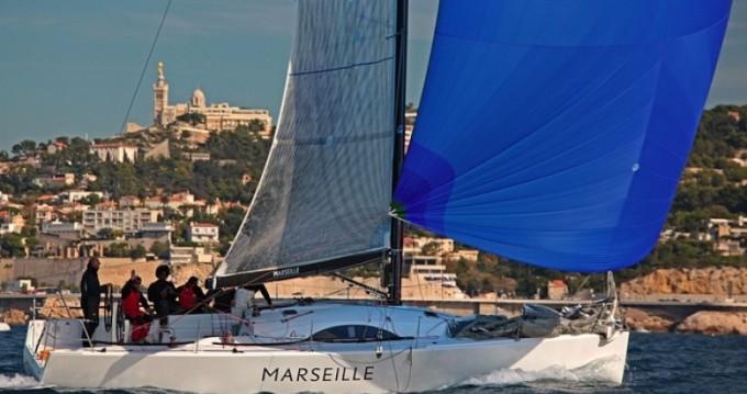 Bootsverleih Marseille günstig Archambault A40 RC