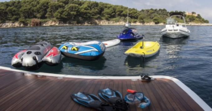 Yachten mieten in Saint-Tropez zum besten Preis