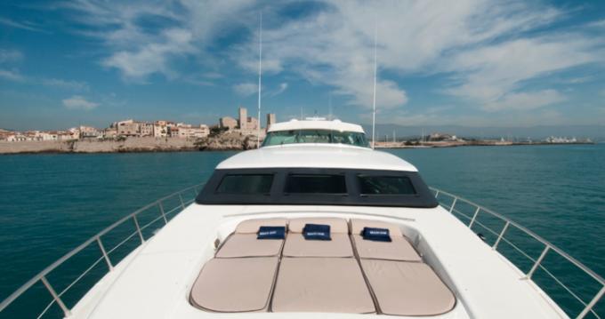 Yachten mieten in Saint-Tropez - Mangusta 32