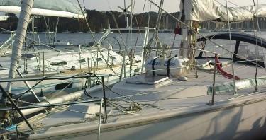 Ein Jeanneau Gin Fizz gréé en sloop mieten in Port du Crouesty