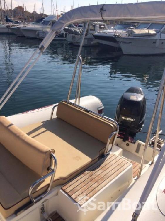 Ein Joker Boat Coaster 650 mieten in Hyères