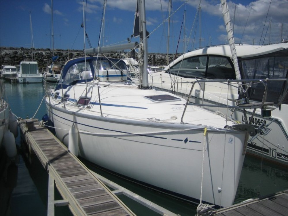 Ein Bavaria Bavaria 30 Cruiser mieten in La Rochelle