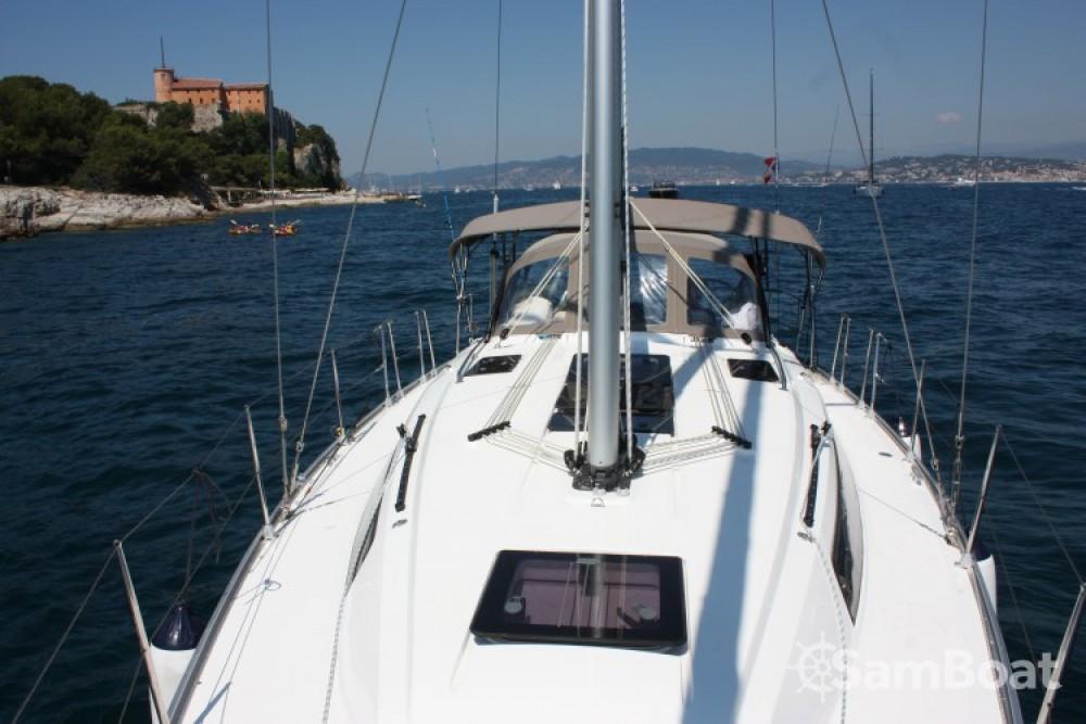 Bootsverleih Bavaria Cruiser 37 Vieux port Samboat