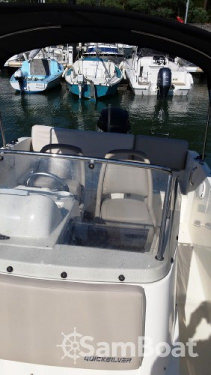 Yacht-Charter in Lège-Cap-Ferret - Quicksilver Quicksilver 675 auf SamBoat