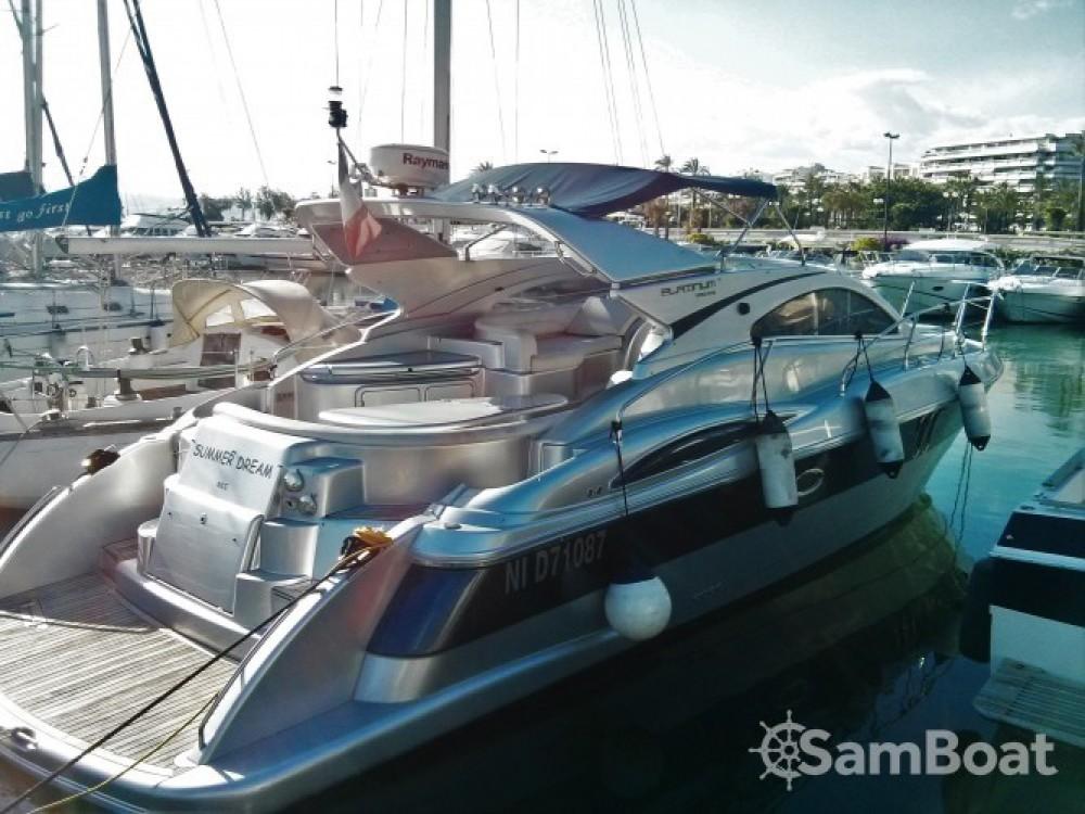 Motorboot mit oder ohne Skipper Moa mieten in Port Pierre Canto