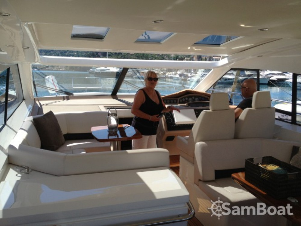 Yacht-Charter in Mandelieu-la-Napoule - Princess Princess V53 auf SamBoat