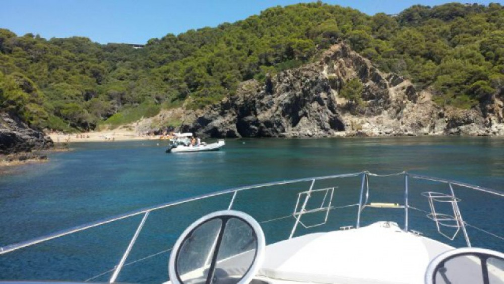 Motorboot mieten in Toulon - Cranchi Endurance 39