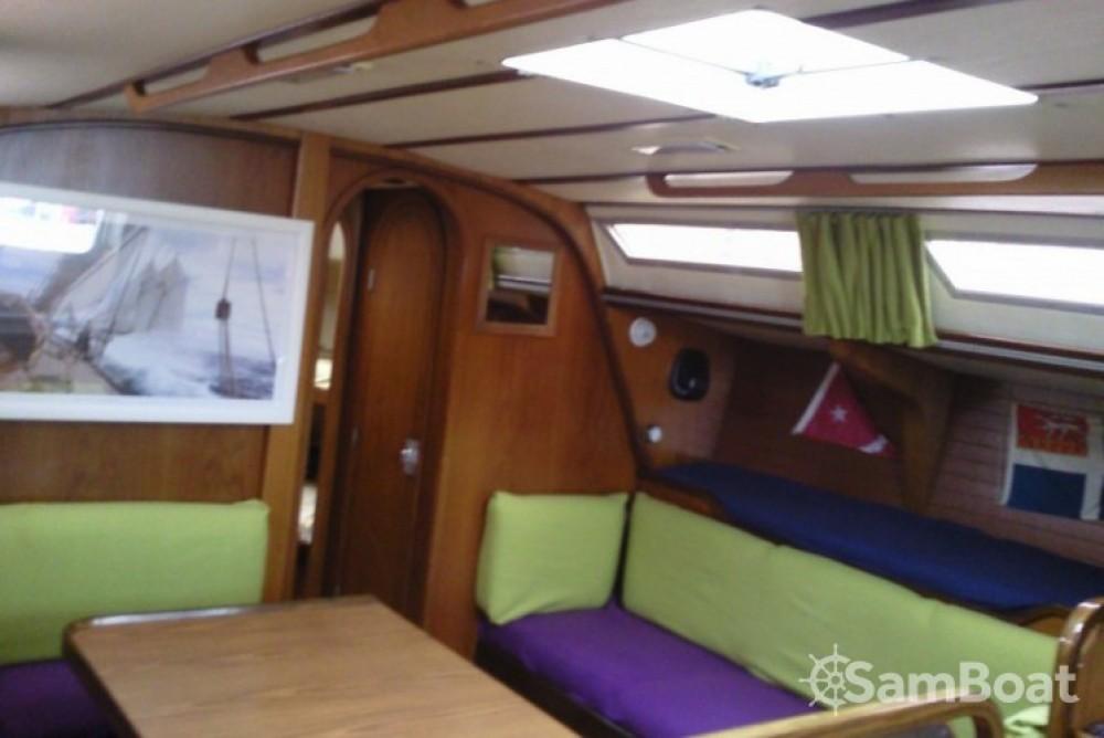 Gibert Marine Gib Sea 442 zwischen Privatpersonen und professionellem Anbieter Toulon