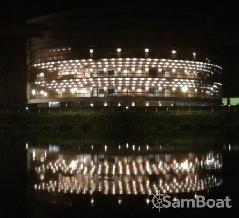 Hausboot mieten in Nantes zum besten Preis