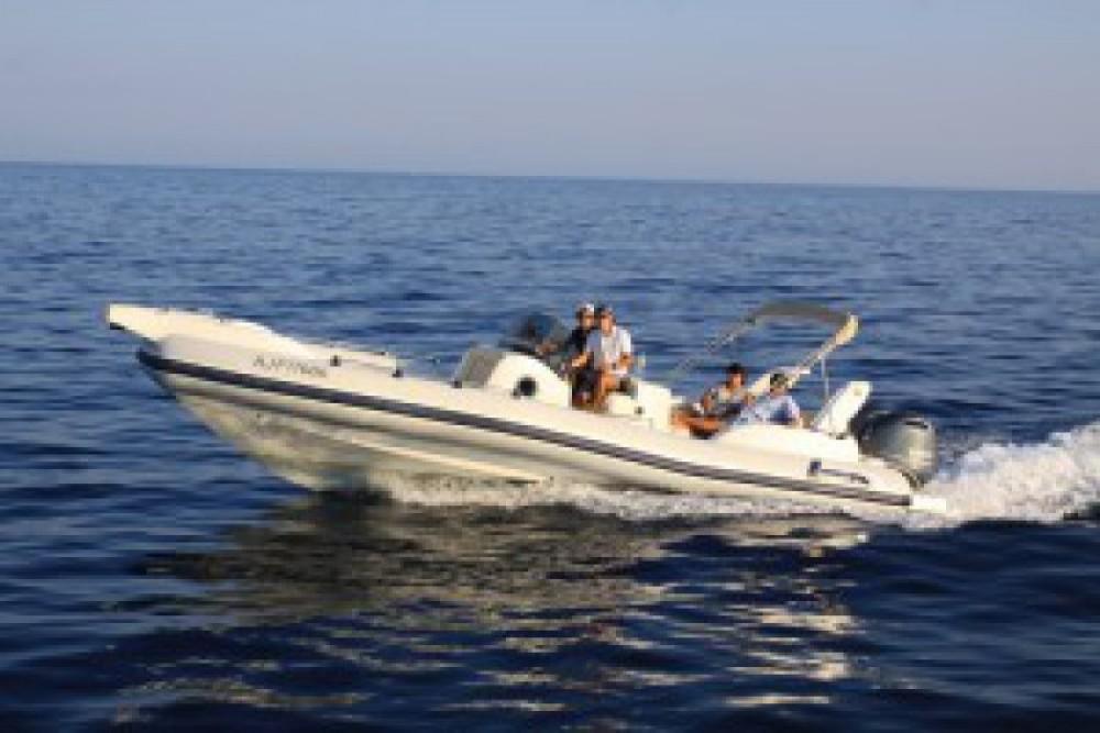Marlin Marlin Boat 298 Fb zwischen Privatpersonen und professionellem Anbieter