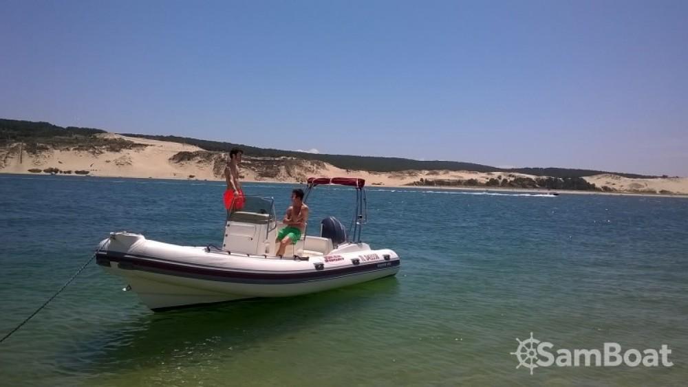 Joker Boat Coaster 600 zwischen Privatpersonen und professionellem Anbieter Lège-Cap-Ferret