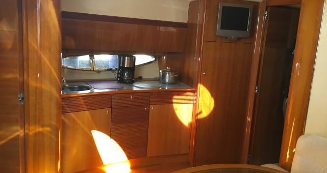 Gobbi Atlantis 42 zwischen Privatpersonen und professionellem Anbieter Saint-Mandrier-sur-Mer