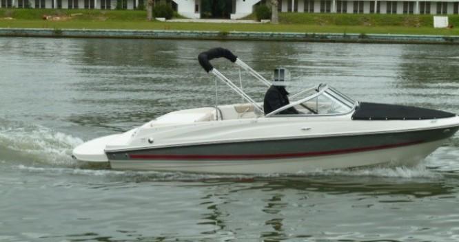 Motorboot mit oder ohne Skipper Bayliner mieten in La Rochelle