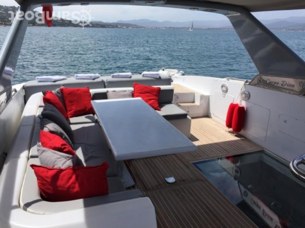 Vermietung Yachten Technomarine mit Führerschein
