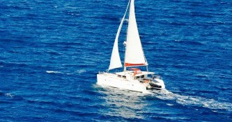 Yacht-Charter in Hyères - Lagoon Lagoon 400 auf SamBoat