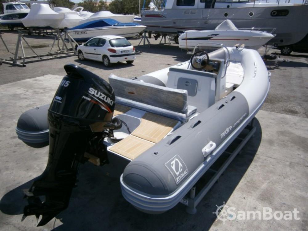 Schlauchboot mieten in Toulon zum besten Preis