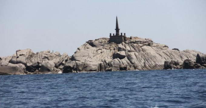 Motorboot mit oder ohne Skipper Pacific Craft mieten in Golfe de Santa Giulia