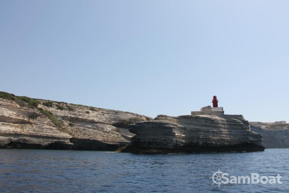 Motorboot mieten in Porto-Vecchio zum besten Preis
