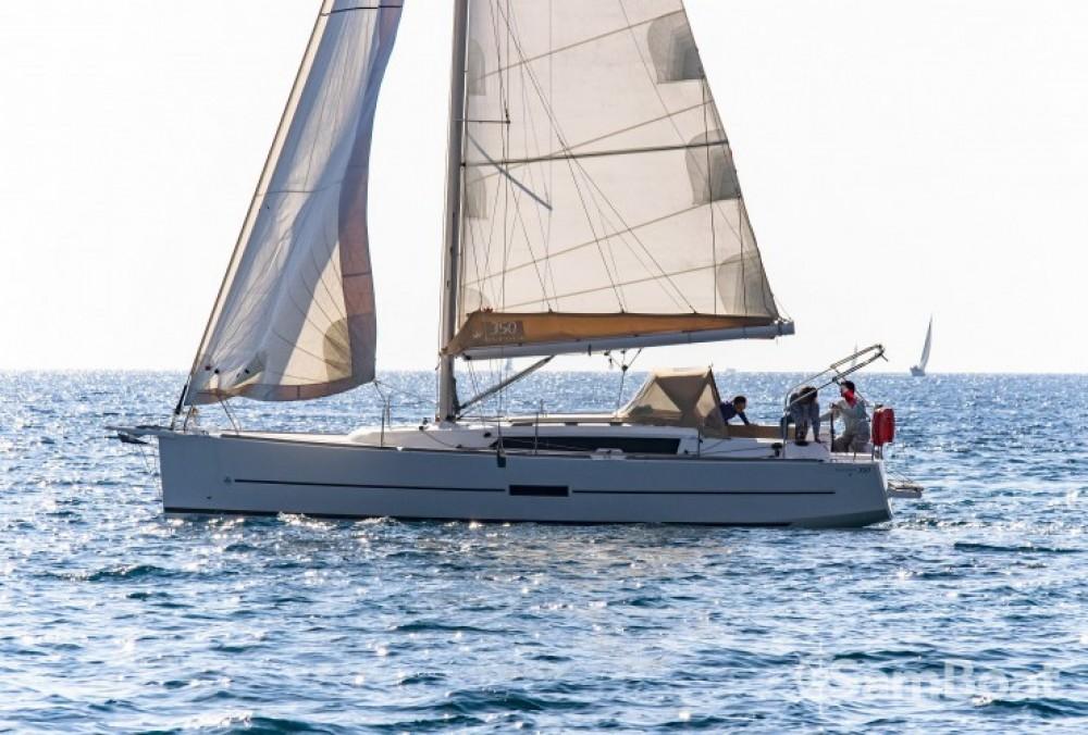 Dufour Dufour 350 Grand Large zwischen Privatpersonen und professionellem Anbieter Sanary-sur-Mer
