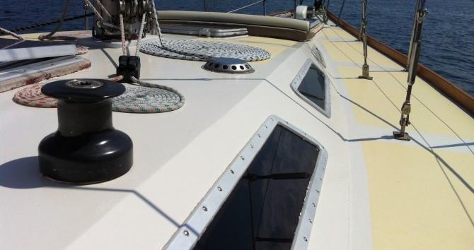 Alpha-Yatch CLIPPER 40 zwischen Privatpersonen und professionellem Anbieter Porto-Vecchio