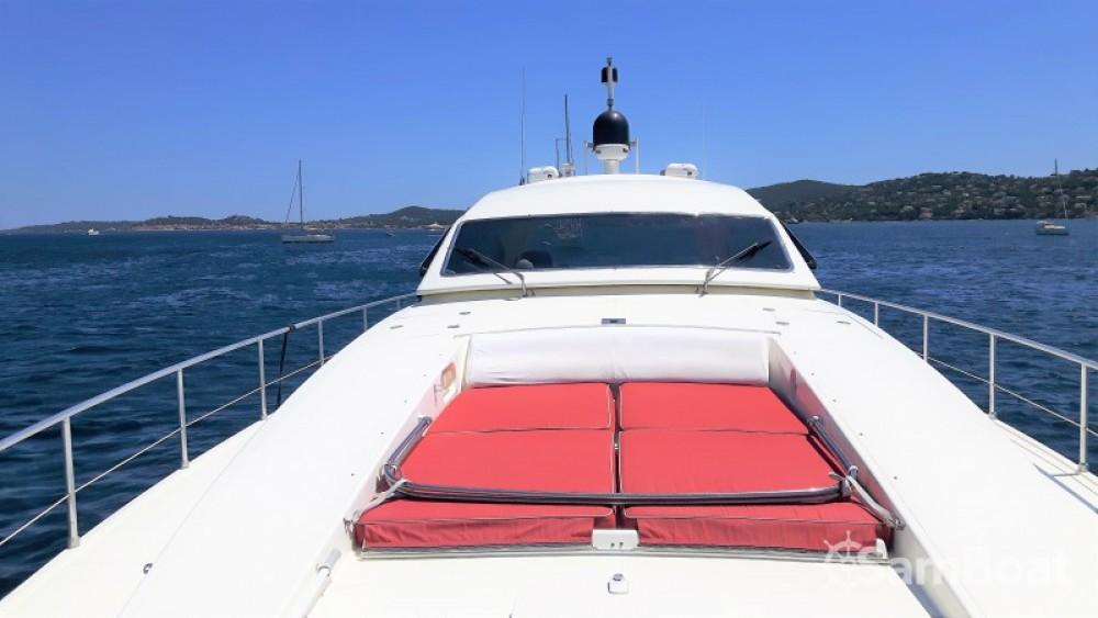 Yachten mieten in Port Grimaud zum besten Preis