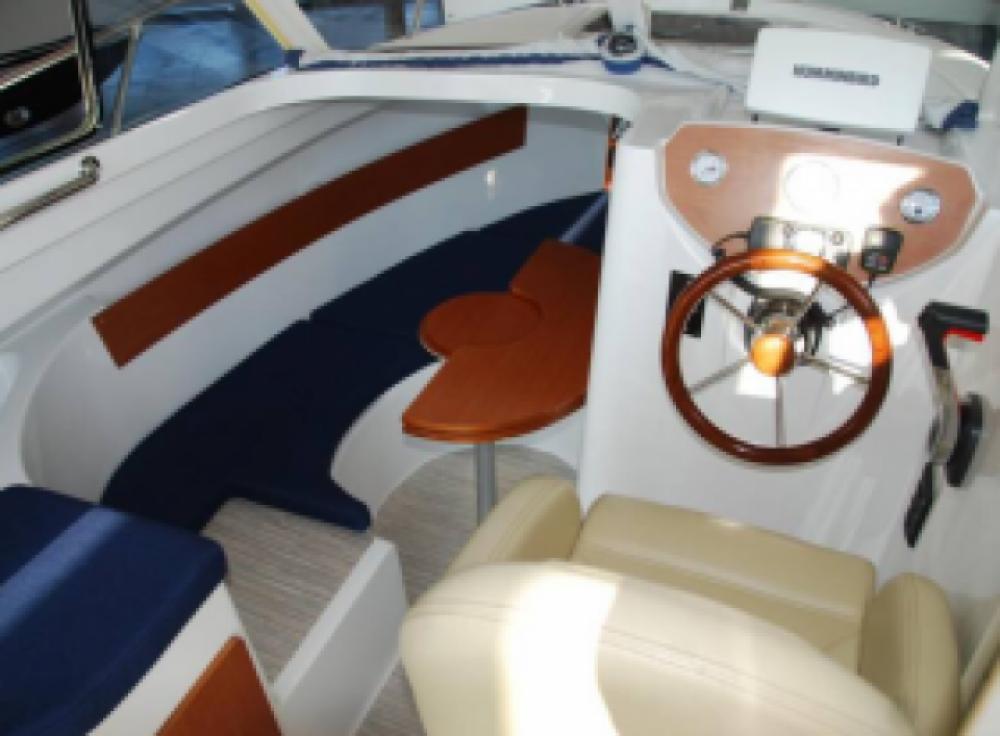 Motorboot mieten in L'Île-Rousse zum besten Preis