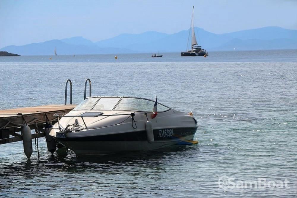 Bootsverleih Bayliner Capri Cuddy 2052 Le Lavandou Samboat