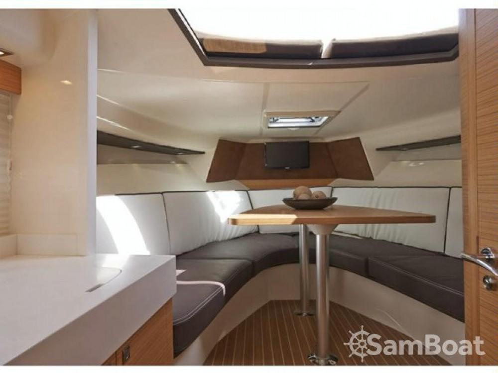 Motorboot mit oder ohne Skipper Faeton mieten in Cannes