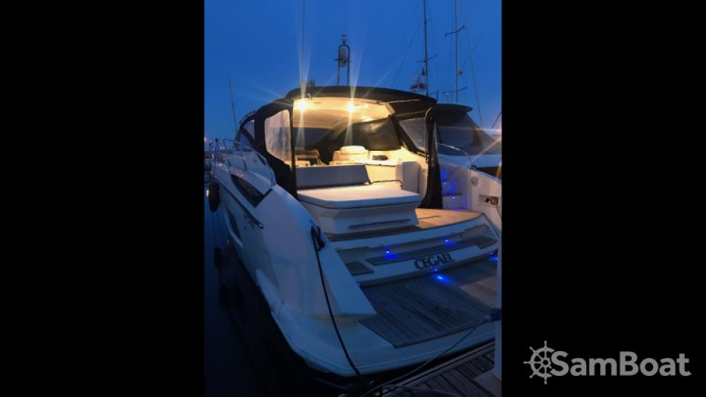 Vermietung Motorboot Atlantis mit Führerschein