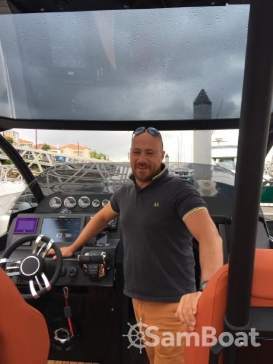 Schlauchboot mieten in Port Olona zum besten Preis