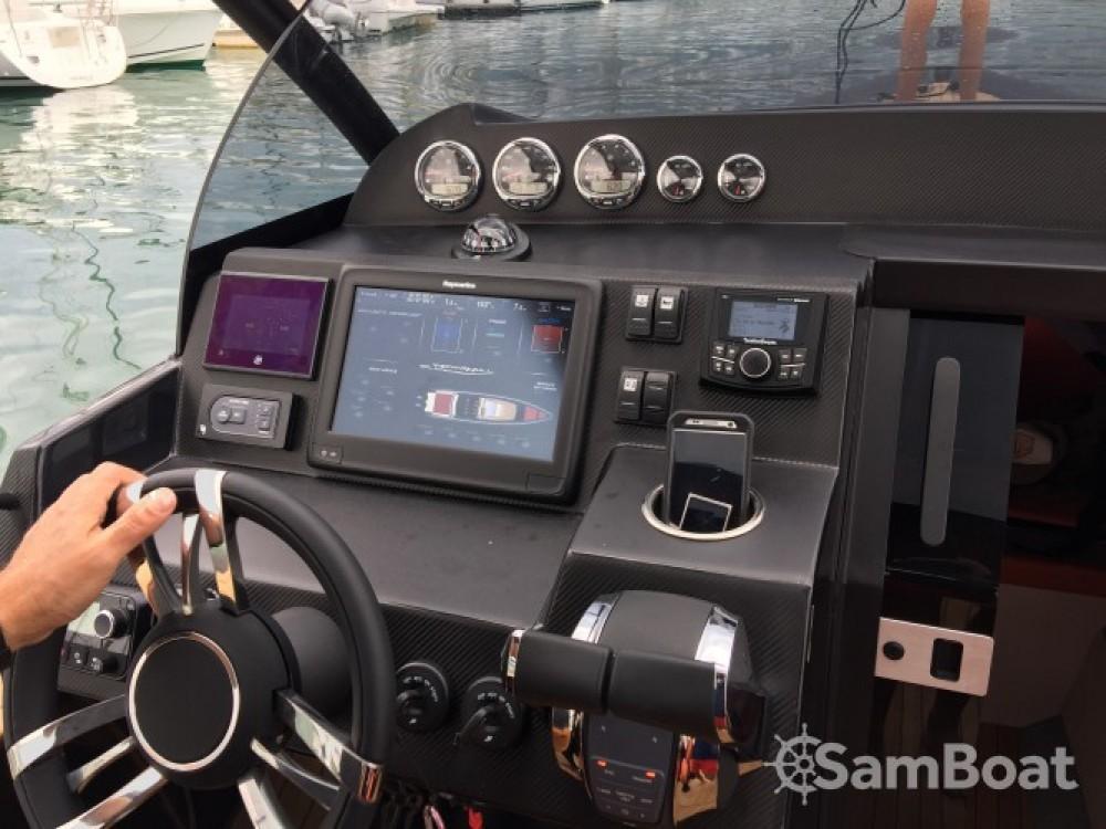 Schlauchboot mieten in Port Olona - Technohull Attitude 35