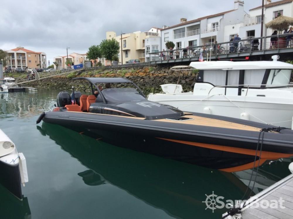 Bootsverleih Technohull Attitude 35 Port Olona Samboat