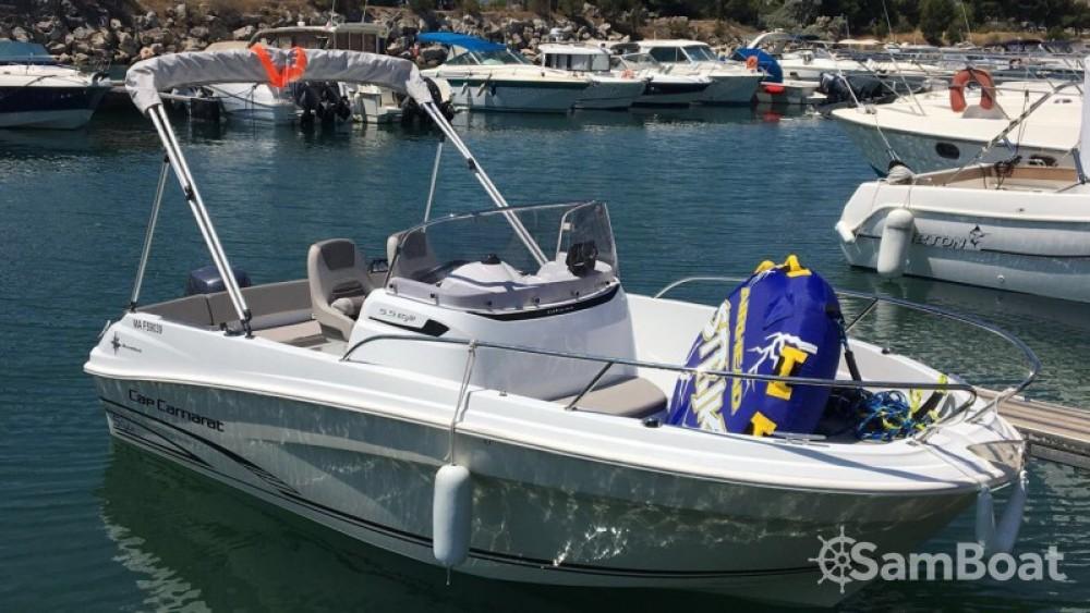 Motorboot mit oder ohne Skipper Jeanneau mieten in
