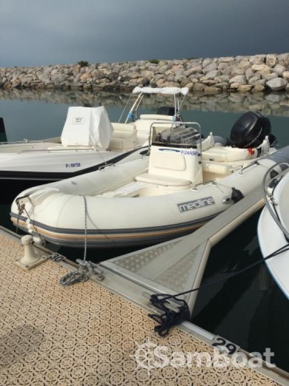 Schlauchboot mieten in La Grande-Motte zum besten Preis