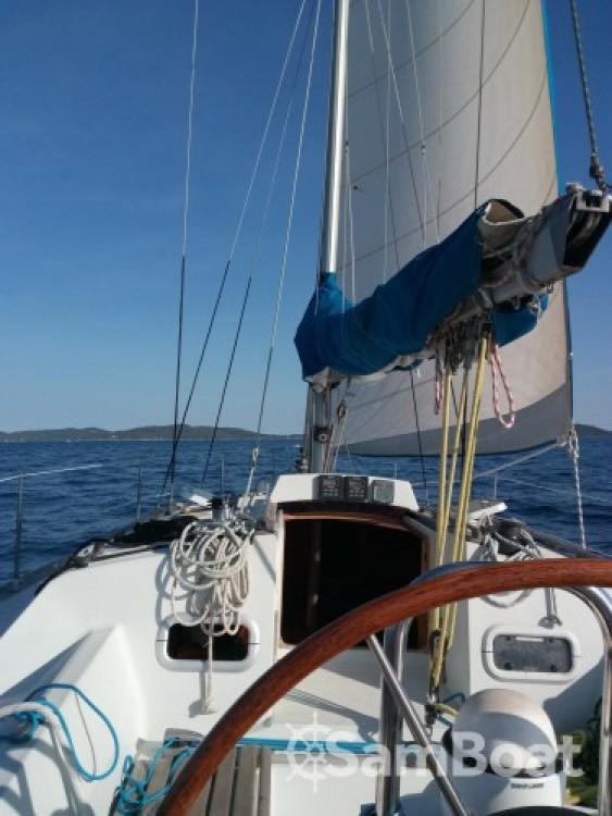 Bootsverleih Kirie Feeling 1090 Hyères Samboat