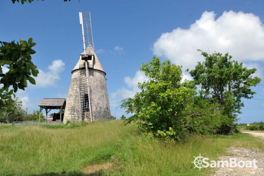 Katamaran mieten in Basse-Terre zum besten Preis