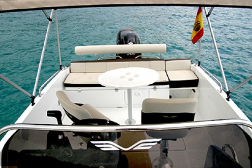 Motorboot mit oder ohne Skipper Bénéteau mieten in Marina Botafoch