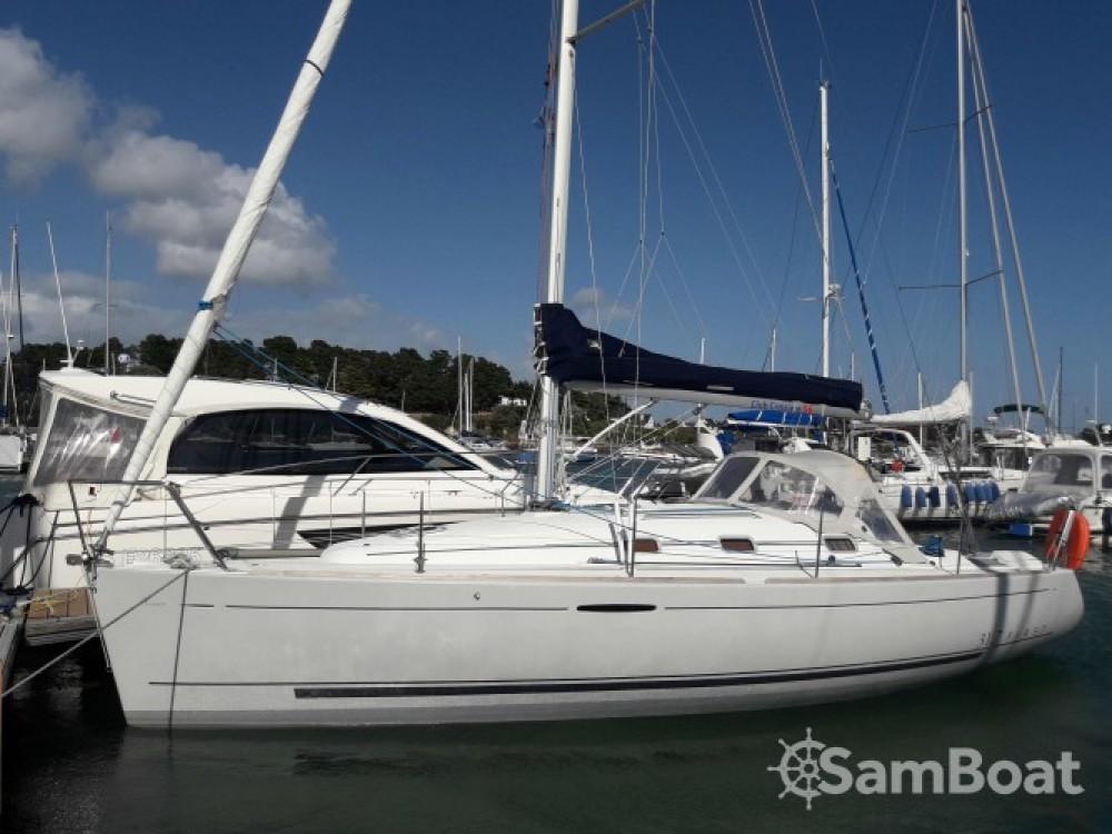 Bootsverleih La Trinité-sur-Mer günstig First 31.7
