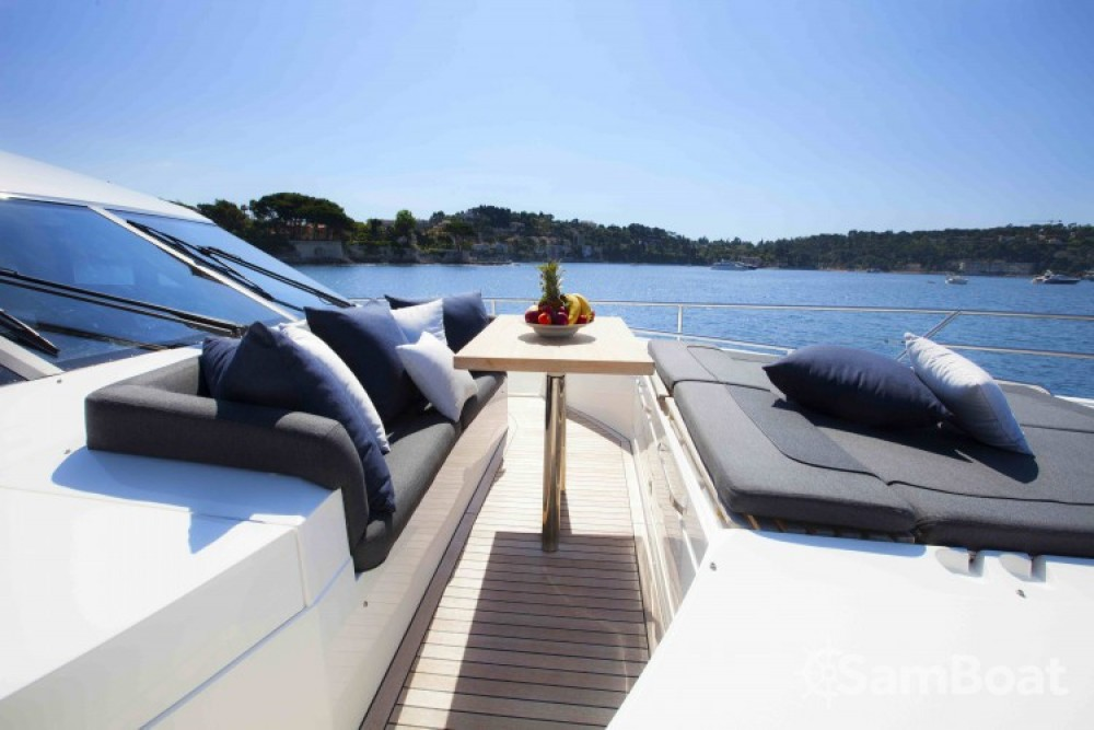 "Yacht-Charter in Antibes - Princess 22.35 metres (73' 4"") auf SamBoat"